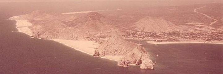 Vista Aérea de Cabo San Lucas en la década de los 70s. Relatos Y Leyendas De Baja California Sur
