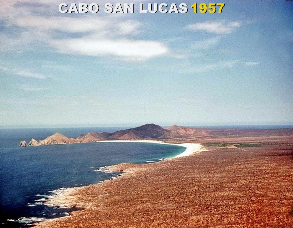 cabo-san-lucas-bay-1957