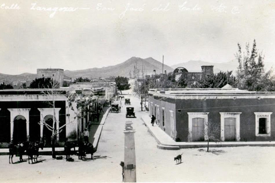 San Jose del Cabo, c. 1910http://raulverdugo.blogspot.mx/2012/06/san-jose-del-cabo-anuiti.html