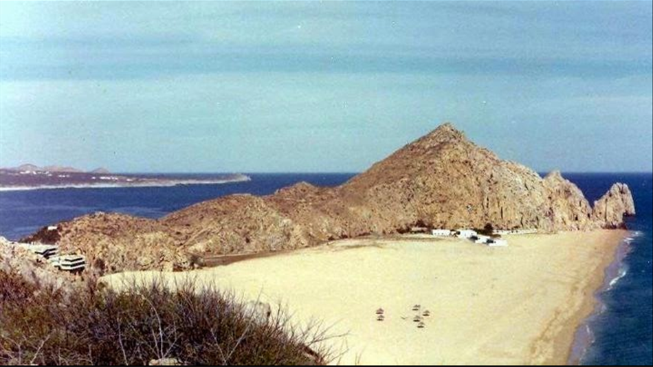 Cabo San Lucas Pacific Beach with Hotel Solmar in the distance. View from Pedregal circa 1960. Photo courtesy Pedregal.