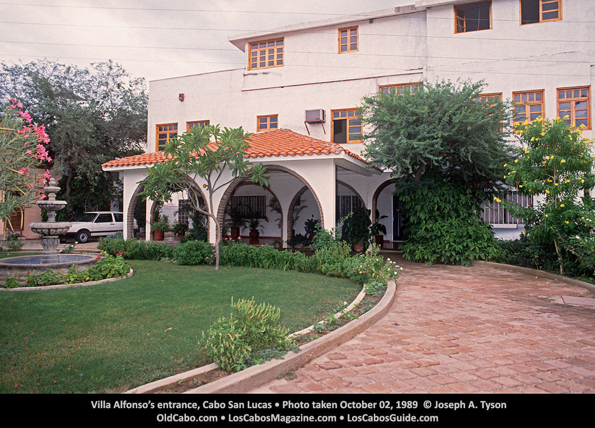 Villa Alfonso's entrance, Cabo San Lucas • Photo taken October 02, 1989 © Joseph A. Tyson