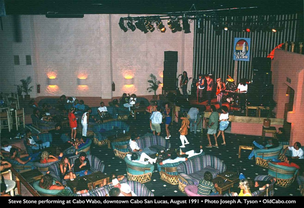 Steve Stone performed at Cabo Wabo in August 1991.