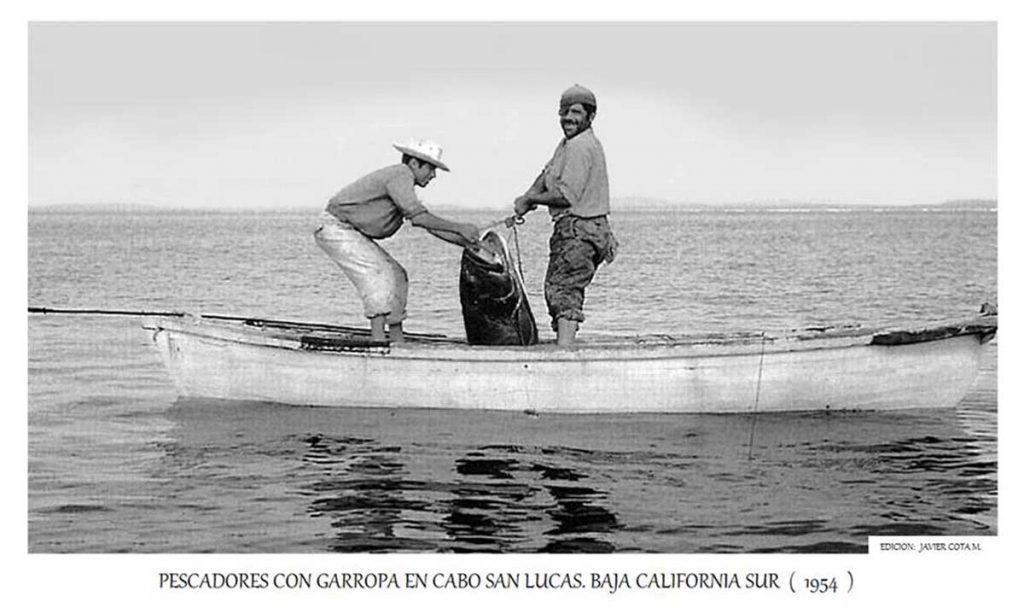cabo-san-lucas-bcs-1954-canoe-javier-cota