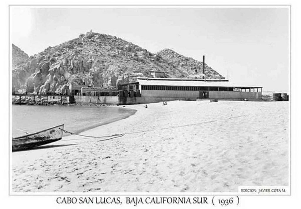 empacadora-de-atun-cabo-con-su-playa-competa-y-porsupuesto-el-muelle 1936