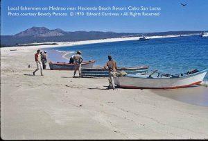 fishermen-pangas-medano-beach-1970-carriveau-1