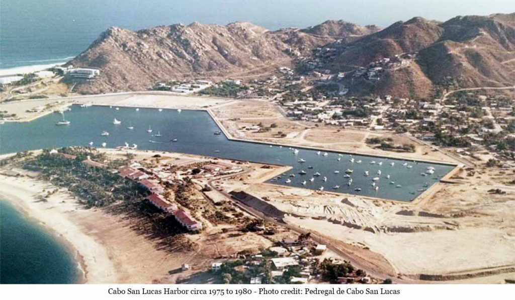 cabo-san-lucas-harbor-1980-photo-credit-pedregal-4n-2